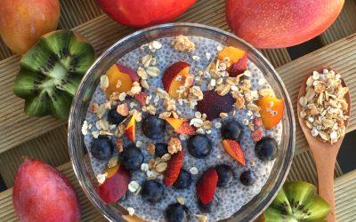 Puding con semillas de chia y frutas